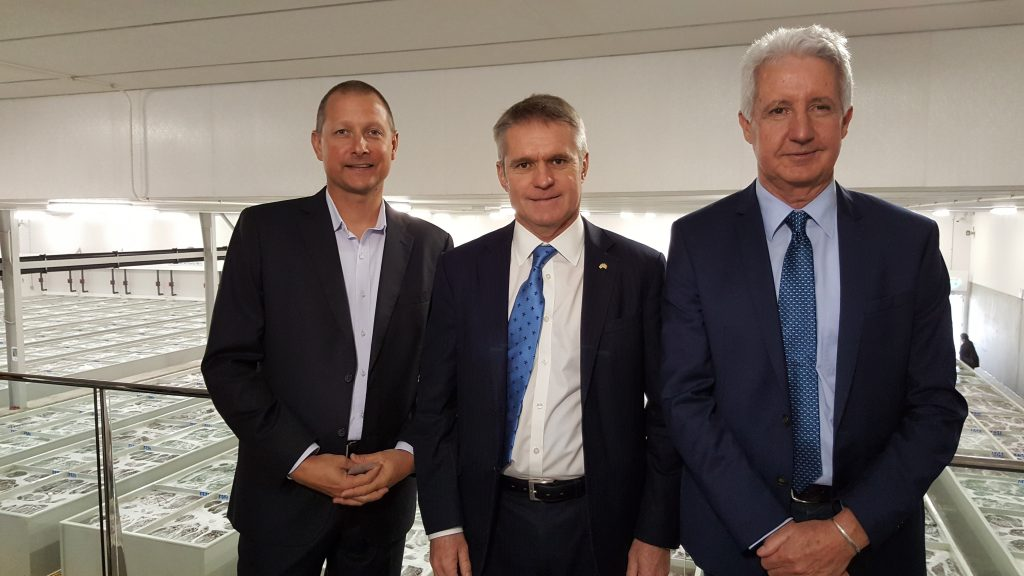 Matt Taylor, CEO of WRLC (left), Ian Blaney, Geraldton MLA (middle), Kim Colero, Chairman of WRLC (right)